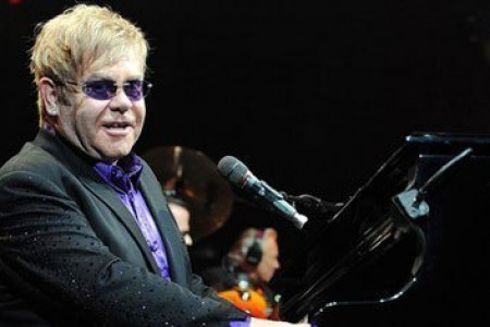 Elton John Cancels Summer Shows Due To Surgery