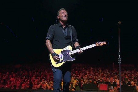 "image for article ""Kitty's Back"" Bruce Springsteen Live in Perth, Australia 2.5.2014 [YouTube Official Video]"