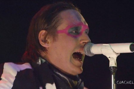 image for article Arcade Fire - Full Set at Coachella Festival 4.13.2014 [YouTube Video]