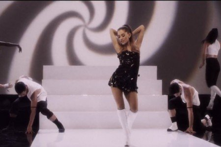 "Ariana Grande ft Iggy Azalea - ""Problem"" [Official YouTube Music Video]"