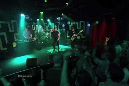 image for article Future Islands Live on Jimmy Kimmel 5.5.2014 [YouTube Videos]
