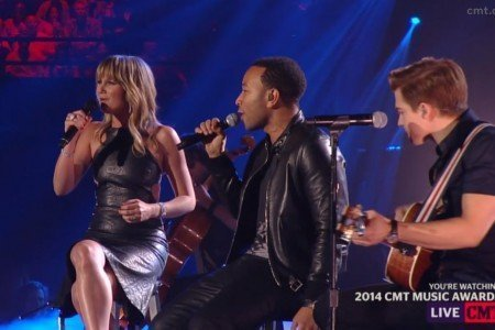 "image for article ""All Of Me"" - John Legend ft Jennifer Nettles & Hunter Hayes at the CMT Music Awards 6.4.2014 [Video]"