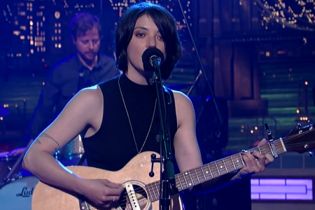 """Every Time the Sun Comes Up"" - Sharon Van Etten on David Letterman 7.25.2014 [YouTube Video]"