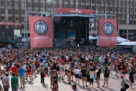 image for article Boston Calling 2014 Gives Summer a Great Send-Off, Despite Storm Delay [Zumic Review + Photos]