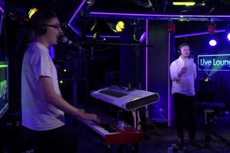 """Latch"" - Alt-J (Disclosure Cover) on the BBC Live Lounge 9.29.2014 [YouTube Official Video]"