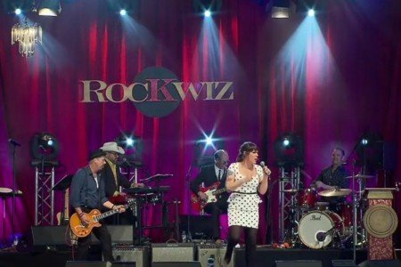 "image for article ""I'd Rather Go Blind"" - Beth Hart With RocKwiz Orkestra At Byron Bay Bluesfest 6.23.2014 [Official YouTube Video]"