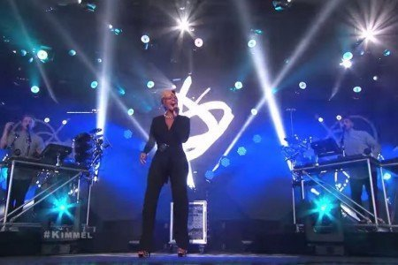 """F For You"" - Disclosure ft Mary J Blige on Jimmy Kimmel Live 10.2.2014 [YouTube Video]"
