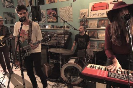 "image for article ""Sedona"" & ""Black Gold"" - Houndmouth at Guestroom Records in Louisville, KY on Nov 11, 2014 [YouTube Music Video + Lyrics]"