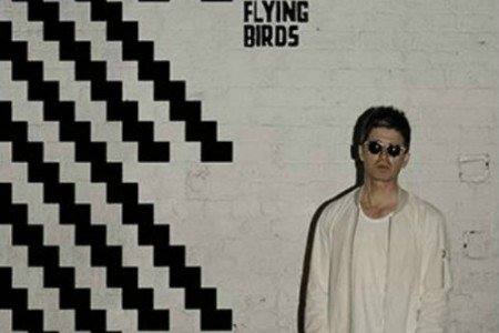 "image for article ""Chasing Yesterday"" - Noel Gallagher's High Flying Birds [Official Full Album Stream + Zumic Review]"