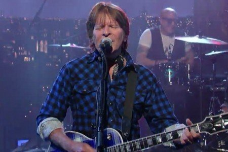 "image for article ""Travelin' Band / Proud Mary / Fortunate Son"" (Medley) - John Fogerty on Letterman Apr 29, 2015 [YouTube Official Video]"
