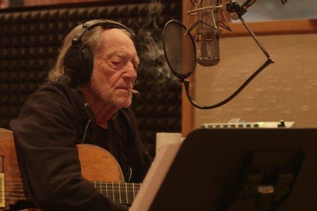 "image for article ""It's All Going to Pot"" - Willie Nelson & Merle Haggard [YouTube Official Music Video]"