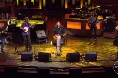 "image for article ""Company Man"" - Warren Haynes ft Railroad Earth at Grand Ole Opry in Nashville, TN on June 27, 2015 [YouTube Official Video]"