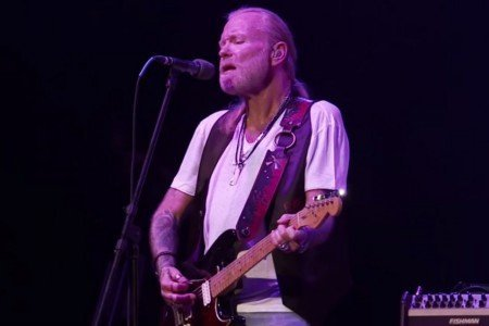 """Whipping Post"" - Gregg Allman at the Grand Opera House in Macon, Georgia on Jan 14, 2014 [YouTube Official Video]"
