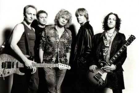 image for article Tickets for Def Leppard's 2015 Fall Tour Are Up 10% from Summer Outing