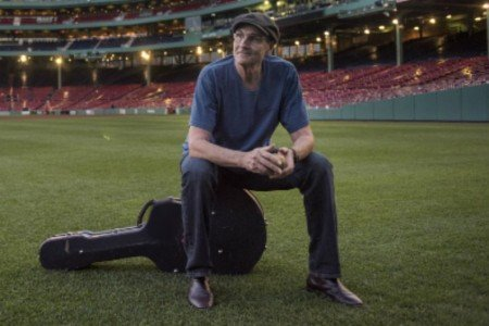 James Taylor Announces 2016 Tour Dates With Jackson Browne: Ticket Presale Info