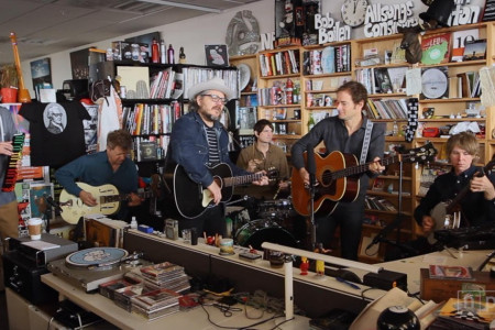 Watch Wilco's Return to The NPR Music Tiny Desk Concert, 2016 [YouTube Official Video]