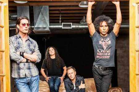 Alice In Chains Plot 2018 Tour Dates for North America