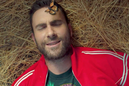 """What Lovers Do"" - Maroon 5 ft SZA [YouTube Music Video]"