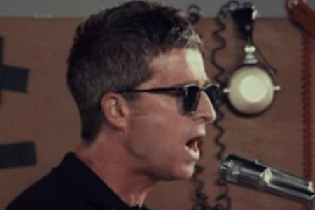 "image for article ""It's A Beautiful World"" - Noel Gallagher's High Flying Birds [YouTube Music Video]"