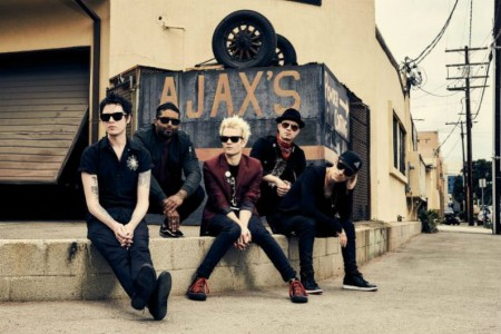 image for article Sum 41 Share 2018 Tour Dates: Ticket Presale Code & On-Sale Info