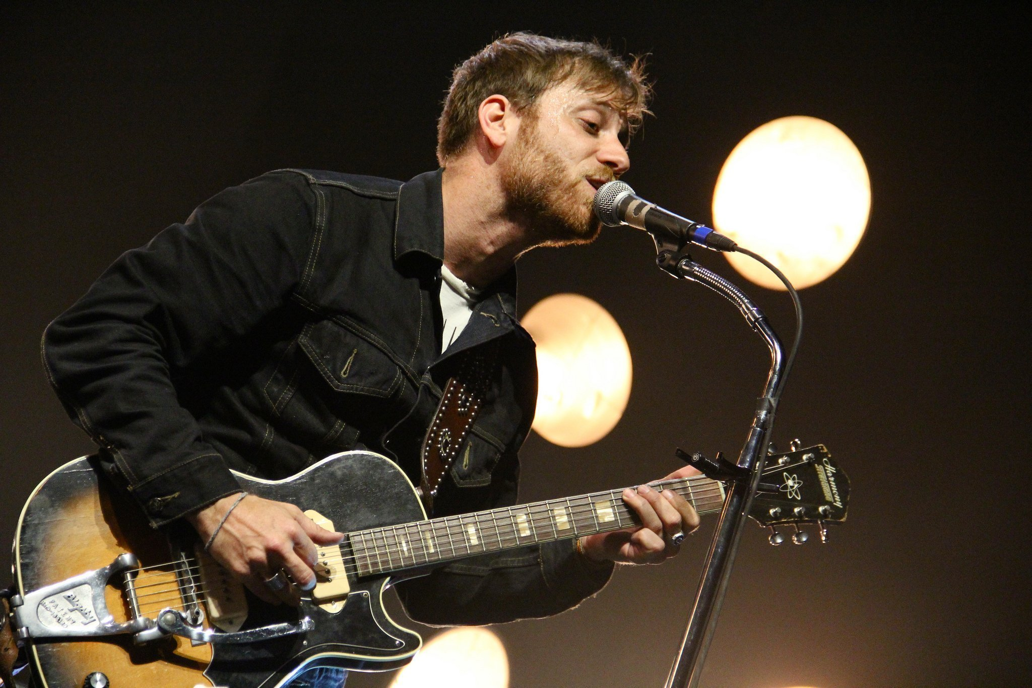 dan auerbach dating lana del rey The black keys frontman dan auerbach has revealed to nme that he will not feature on lana del rey's new album auerbach teamed up with.