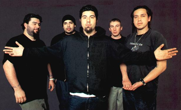 Deftones - Chino Moreno, Stephen Carpenter, Abe Cunningham, Chi Cheng, Frank Delgado, Sergio Vega