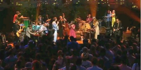 image for article Edward Sharpe & The Magnetic Zeros and tUnE-yArDs [Austin City Limits TV Episode]