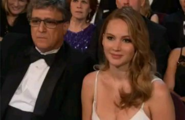 we-saw-your-boobs-jennifer-lawrence-1
