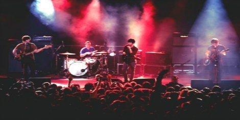 Arctic-Monkeys-Performance