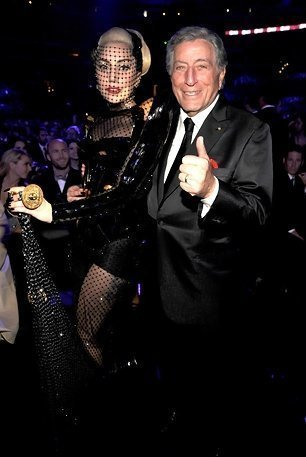 Lady-Gaga-Tony-Bennett-Award-Show-official-zumic