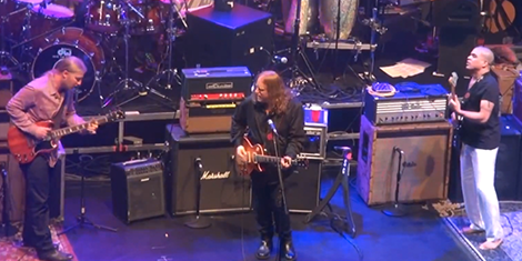 allman-brothers-band-beacon-2013-hendrix-jam