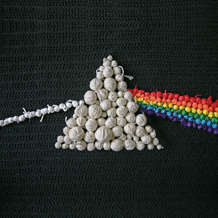 pink-floyd-dark-side-of-the-moon-cover-art-cloth-balls