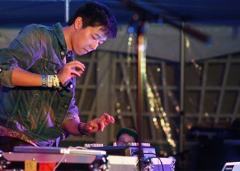 Giraffage Music News Videos Songs Tour Tickets Zumic