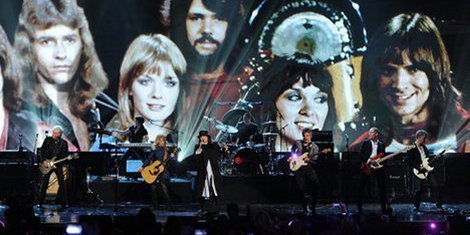2013-rock-and-roll-hall-of-fame-heart