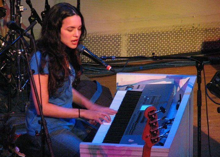 image for artist Norah Jones