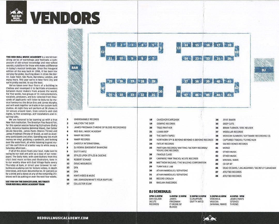 brooklyn-flea-record-fair-vendors-booths