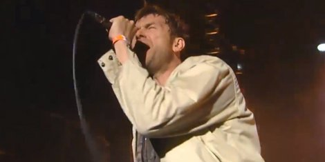 damon-albarn-prepares-for-first-solo-album-and-career-spanning-tour