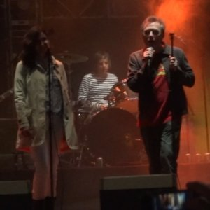 "image for article ""Just Like Honey"" - The Jesus & Mary Chain f. Bilinda Butcher [Primavera Sound Fest Youtube]"