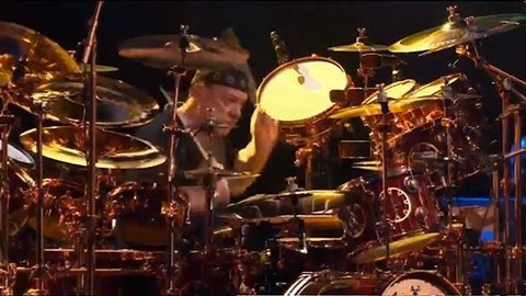 neil-peart-drumkit-rock-and-roll-hall-of-fame