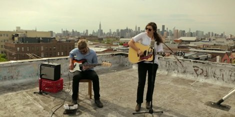 this-is-what-livin-feels-like-caroline-rose-paste-live-performance-video