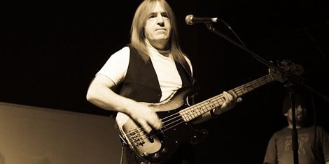 image for article Trevor Bolder, Spiders From Mars Bassist, Dies At 62