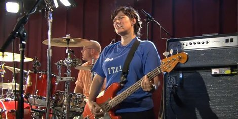 kim-deal-quits-pixies-after-25-years
