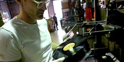 new-vinyl-record-manufacturers