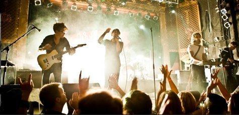phoenix-live-world-tour-zumic