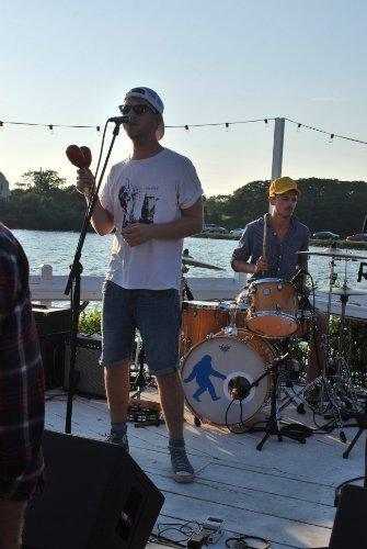 cayucas-surf-lodge-show-montauk-review