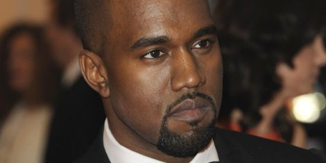kanye-west-charity-donda's-house-gives-studio-time-to-chicago-youth-in-got-bars-program-2