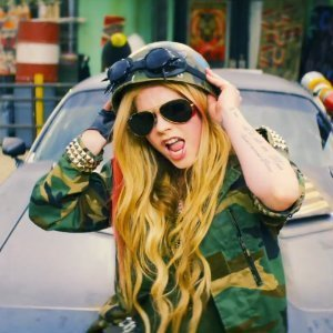 "image for article ""Rock N Roll"" - Avril Lavigne [YouTube Official Video]"