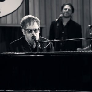 "image for article ""Mexican Vacation (Kids In The Candlelight)"" - Elton John [Vevo Live Video]"