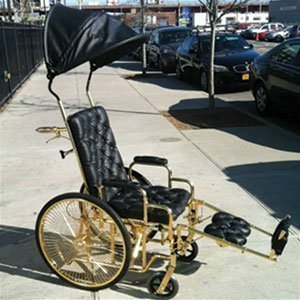 lady-gaga-wheelchair-black-gold