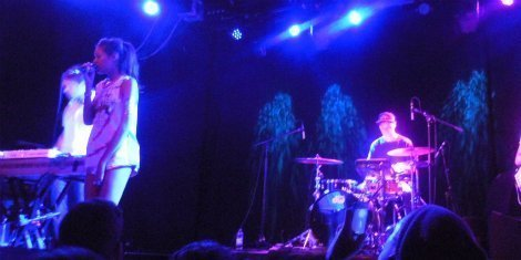 AlunaGeorge-at-The-Sinclair-3